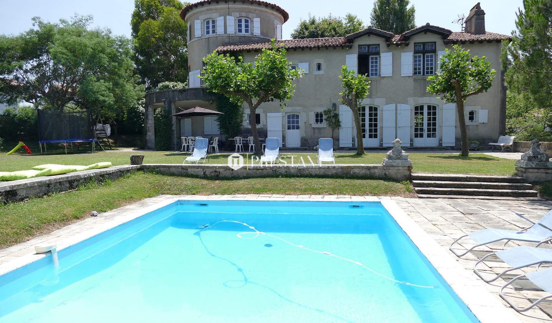 Maison avec piscine et terrasse Ciboure