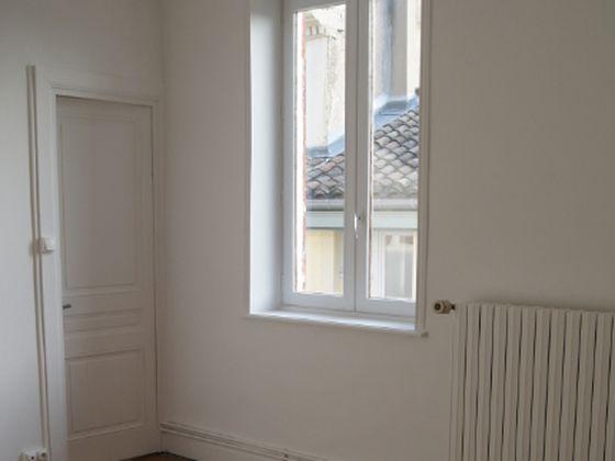 Location appartement meublé 4 pièces 69,13 m2