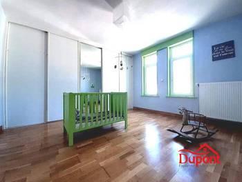 Maison 9 pièces 216 m2