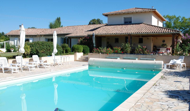 Maison avec piscine et terrasse Serres-et-Montguyard