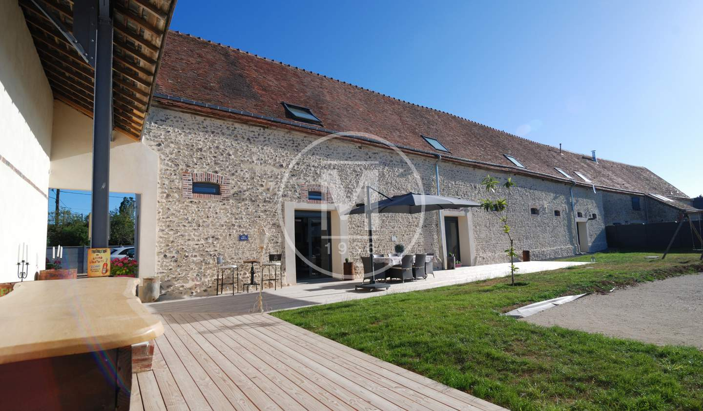 House with pool and terrace Chartres