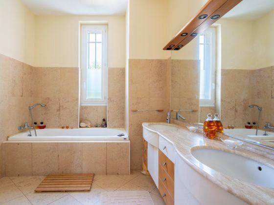 Vente appartement 5 pièces 152 m2