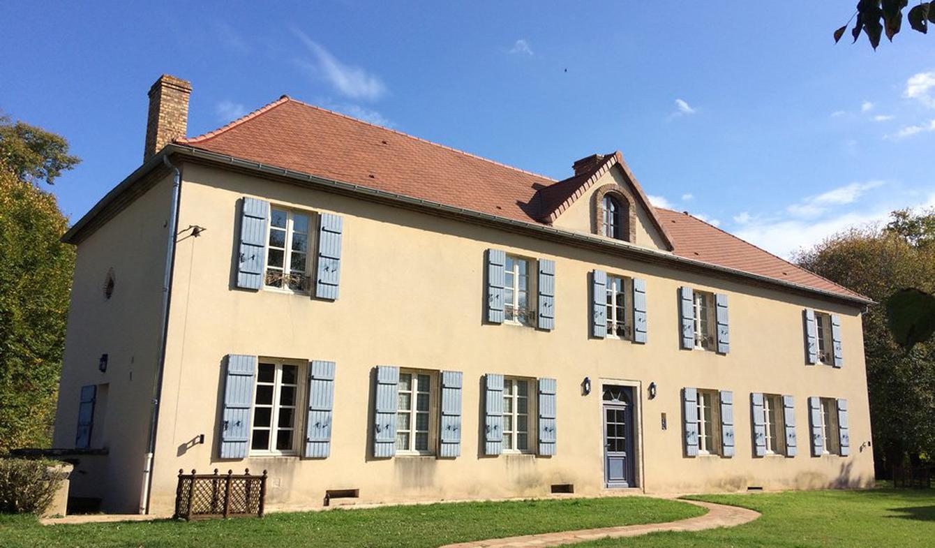 Maison avec piscine et terrasse Vichy