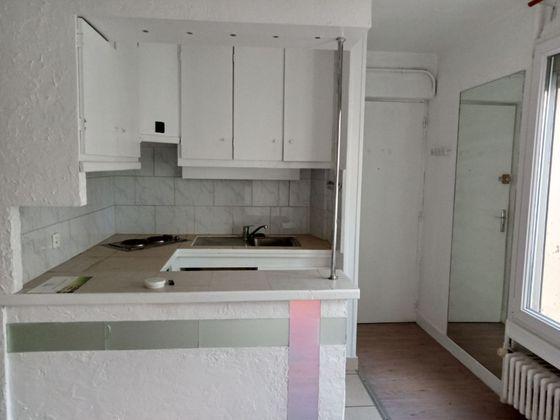 Location studio 22,01 m2