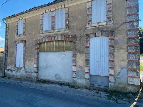 Vente maison 1 pièce 97 m2