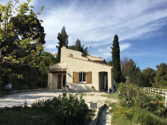 Vente villa 9 pièces 142 m2