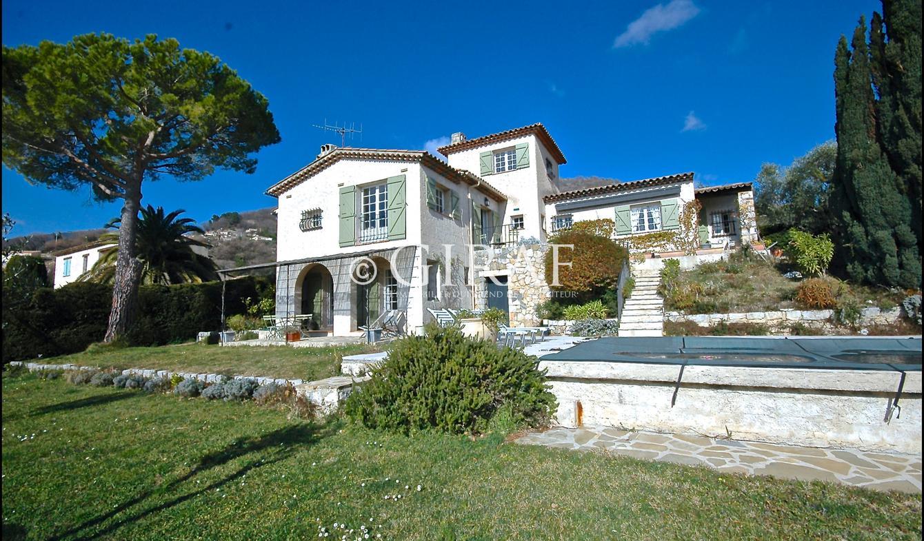 Villa avec piscine et terrasse Vence