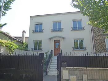 Maison 10 pièces 232 m2