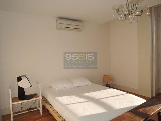 Location duplex meublé 5 pièces 105 m2