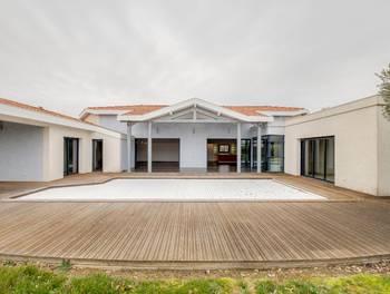Maison 6 pièces 265 m2