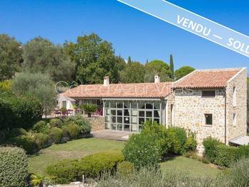 Villa 4 pièces 220 m2