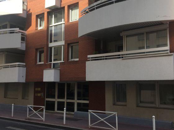 Location studio 32,8 m2