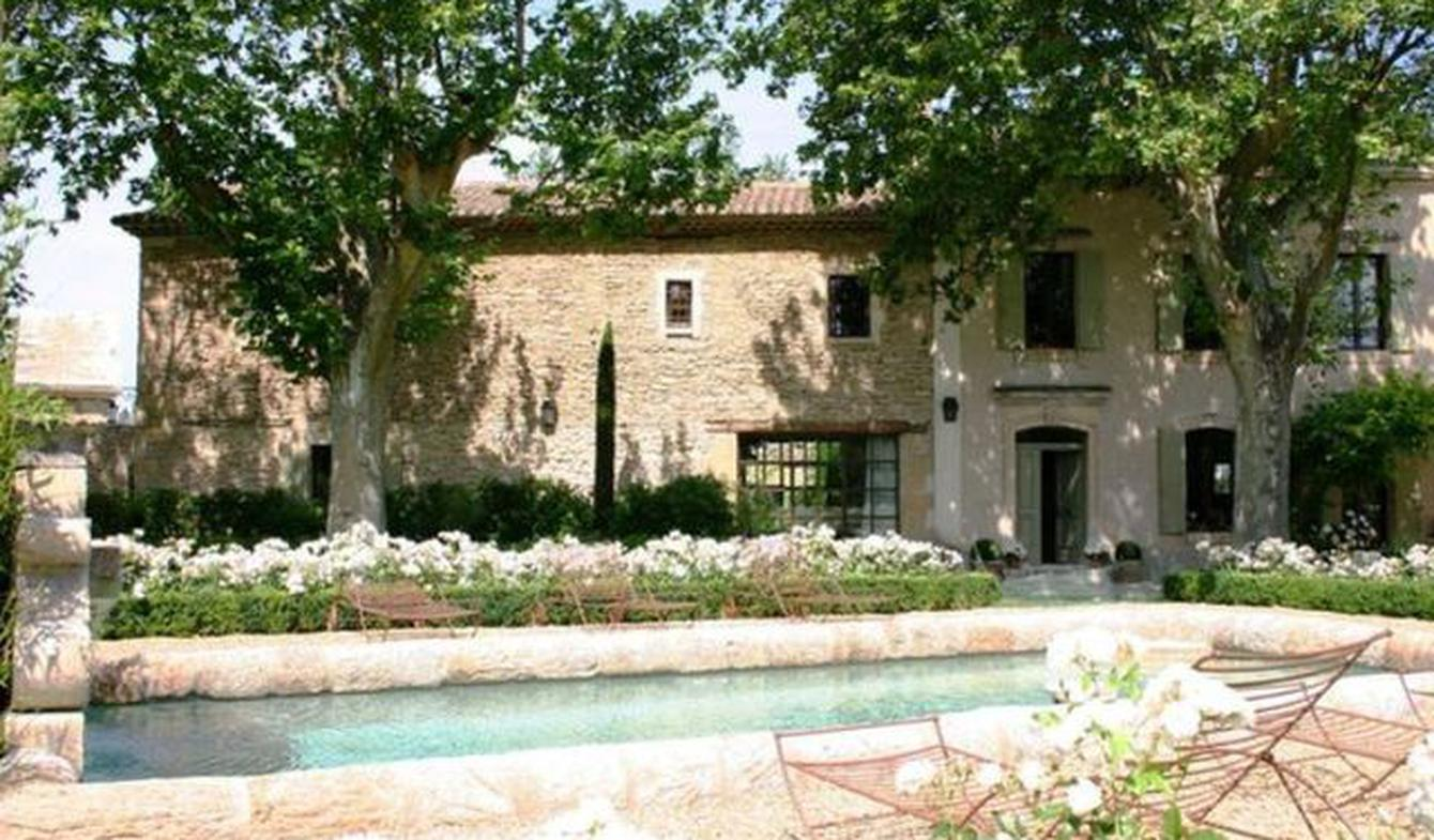 House with pool and garden L'Isle-sur-la-Sorgue