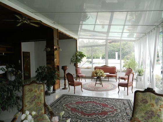 Vente maison 9 pièces 635 m2