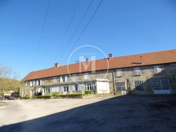 Vente propriété 11 pièces 380 m2