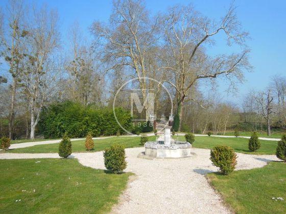 Vente château 35 pièces 1065 m2