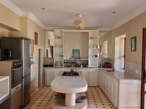 Vente maison 6 pièces 320 m2