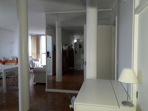 Location appartement meublé 3 pièces 82,91 m2