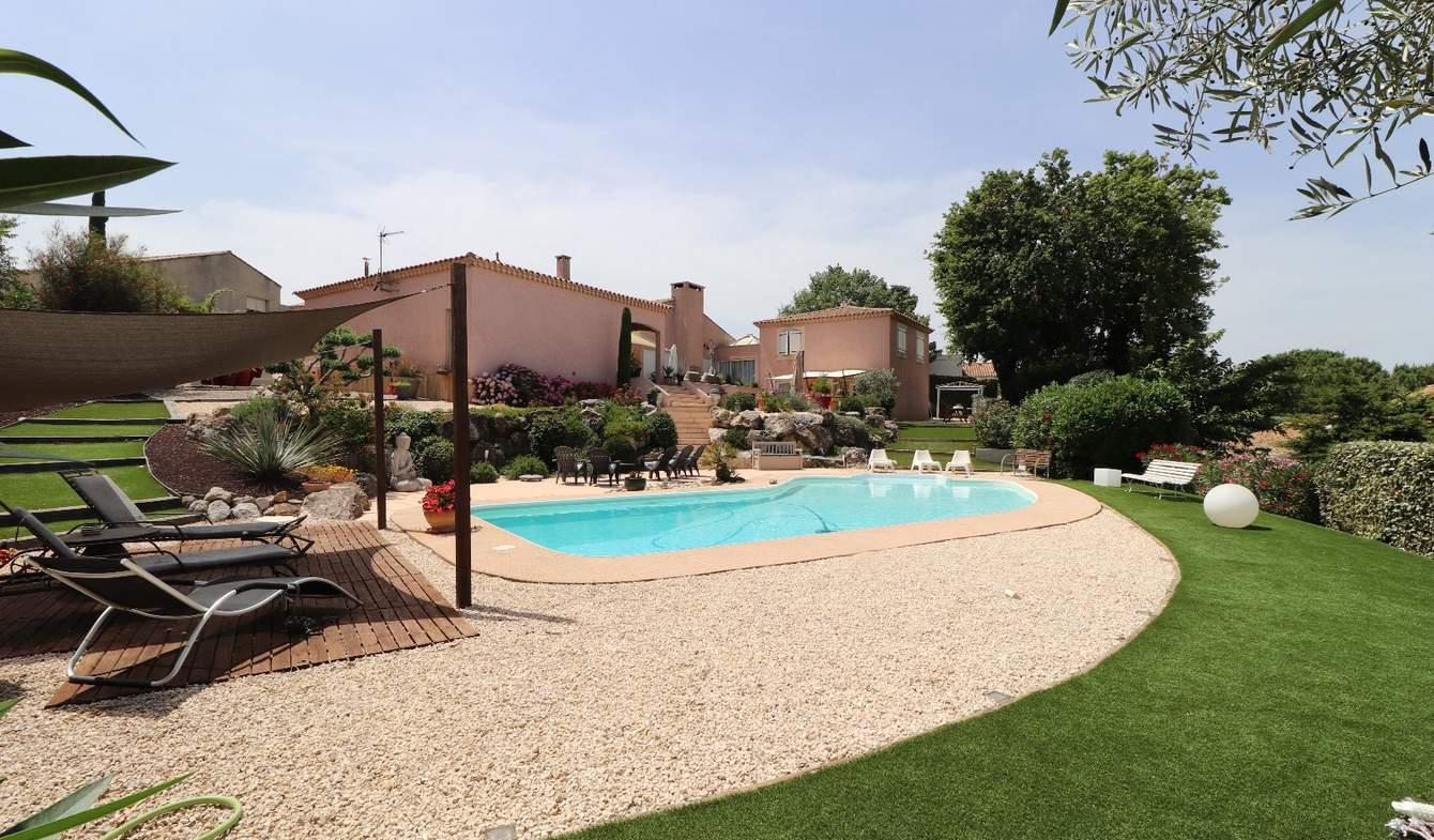 Maison avec piscine et terrasse Boujan-sur-Libron