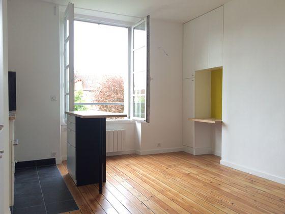 Location studio 24,6 m2