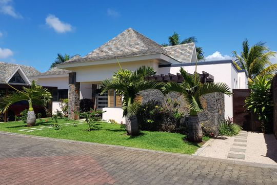 luxurious and splendid better homes and gardens publications. Add to my selection Villa with pool and garden Mauritius Luxury Real Estate  Listings