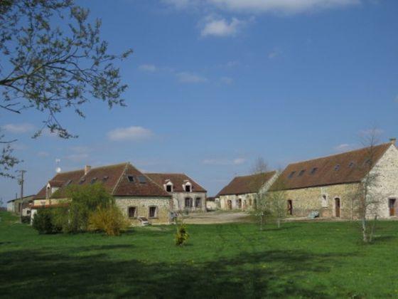 Vente château 6 pièces 221 m2