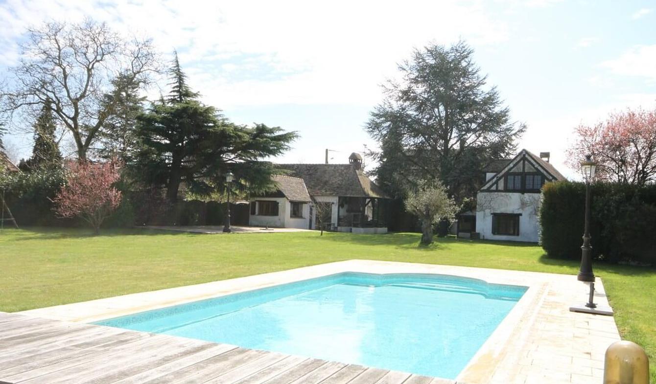 House Pacy-sur-Eure