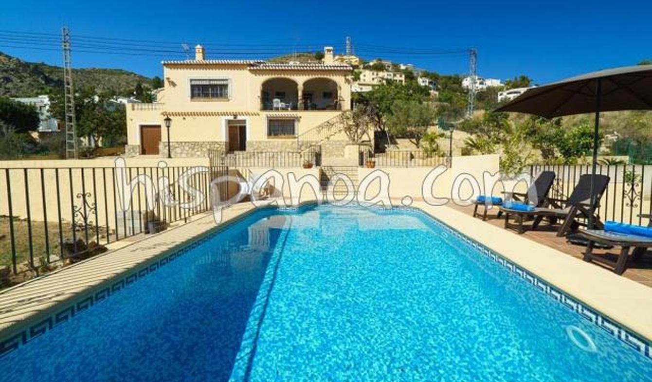 Villa with pool and garden Xàbia