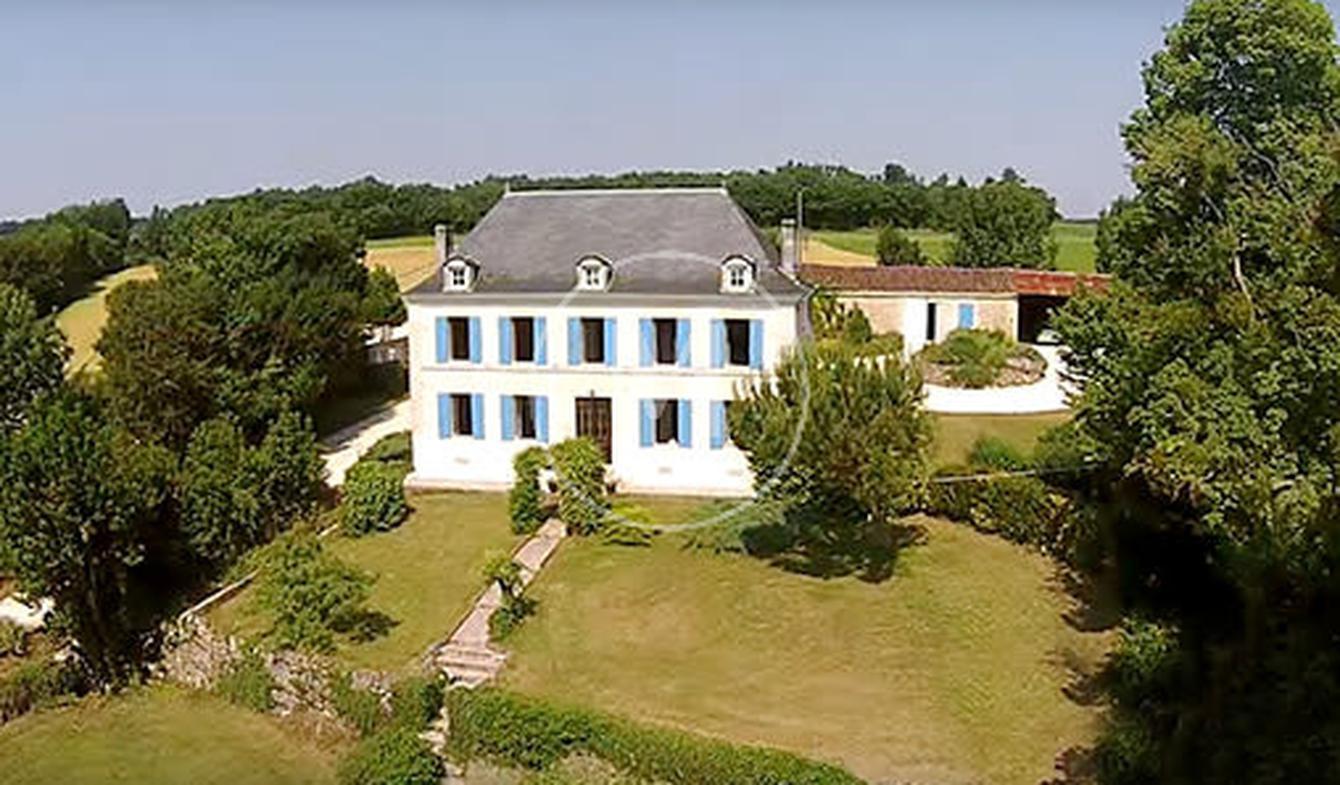 House with pool SAINTES