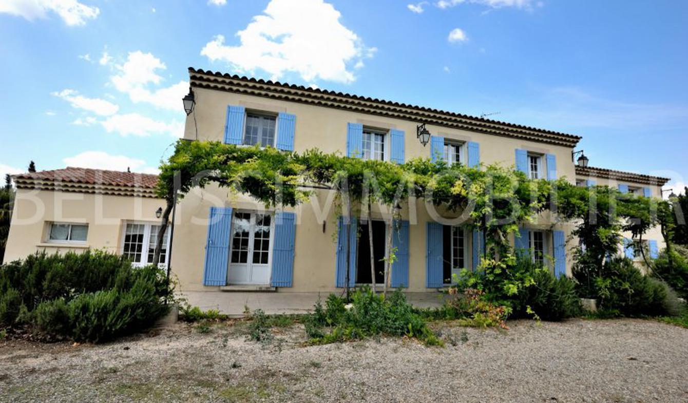 Maison avec terrasse Eyguières