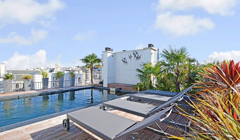 Appartement avec terrasse et piscine Paris 16ème