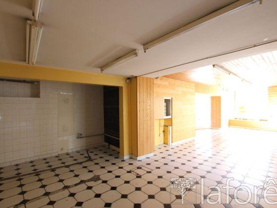Vente divers 6 pièces 203 m2