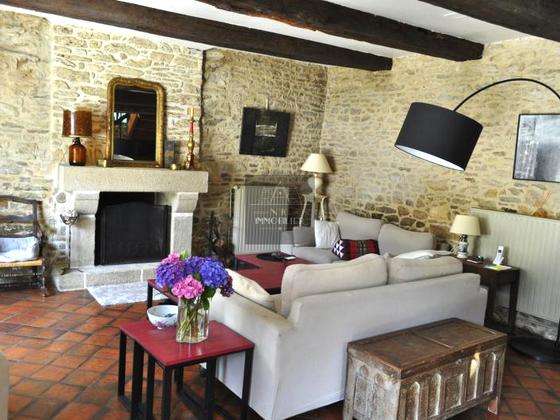 Vente propriété 8 pièces 250 m2