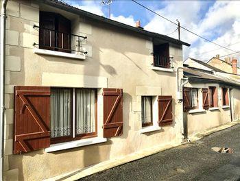 maison à Saint-Just-sur-Dive (49)