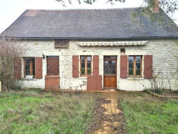maison à Charentonnay (18)