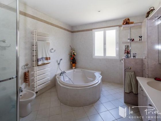 Vente maison 7 pièces 270 m2