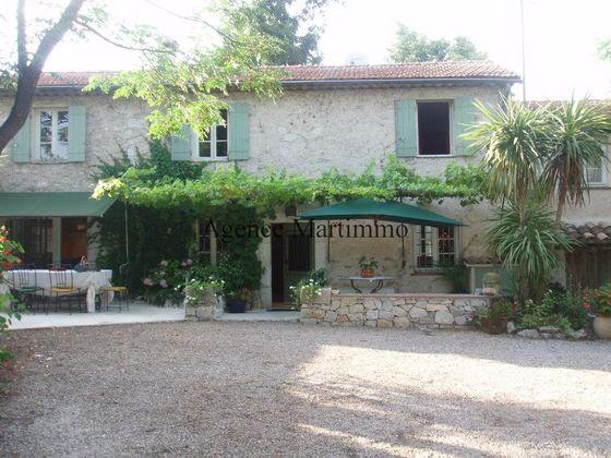 vente Maison 12 pièces 240 m2 Roquefort-les-Pins