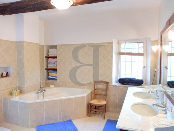 Vente maison 10 pièces 405 m2