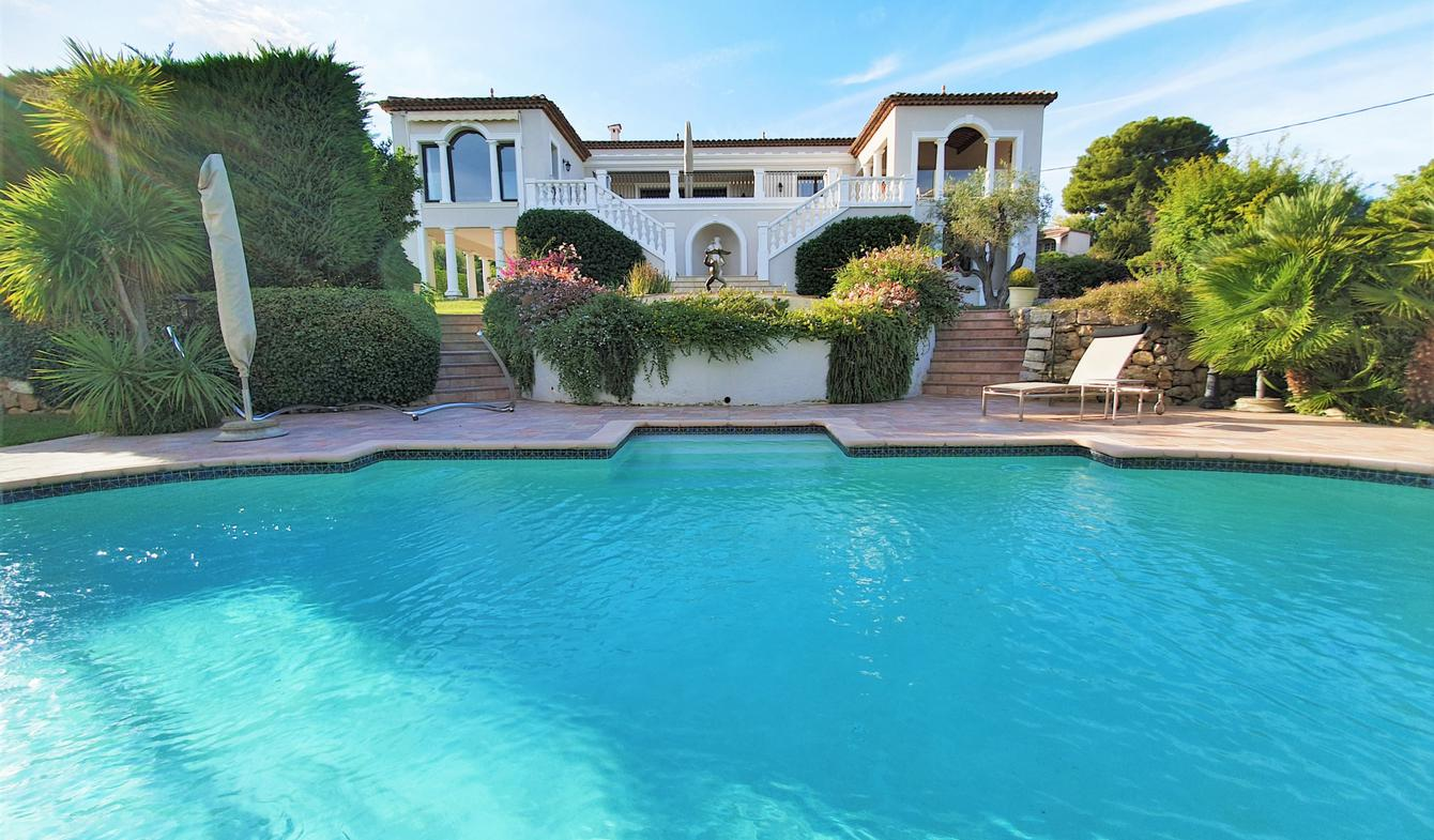 Villa avec piscine et terrasse Le golfe juan