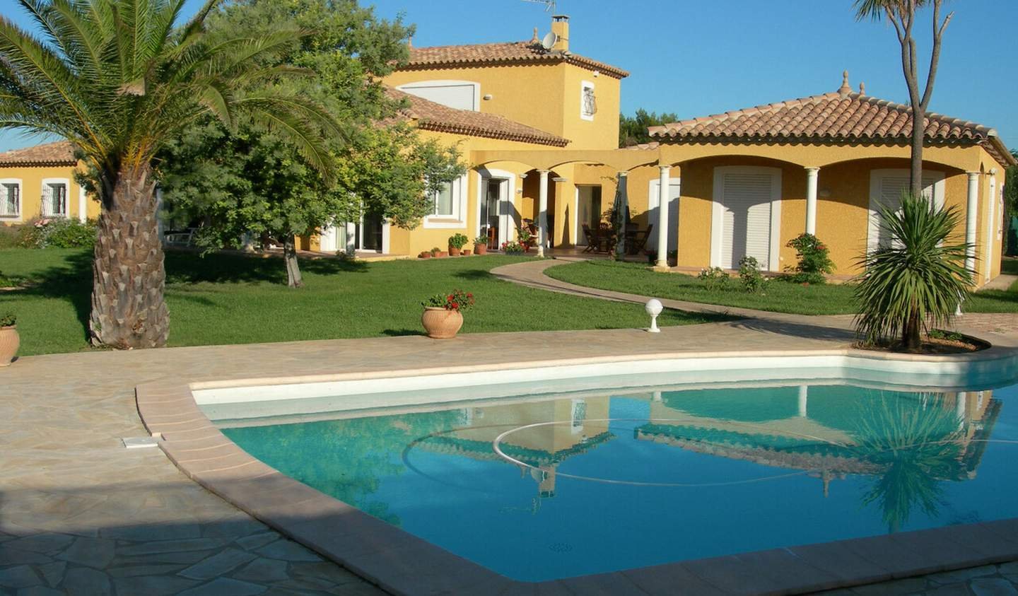 House with pool and terrace La Palme