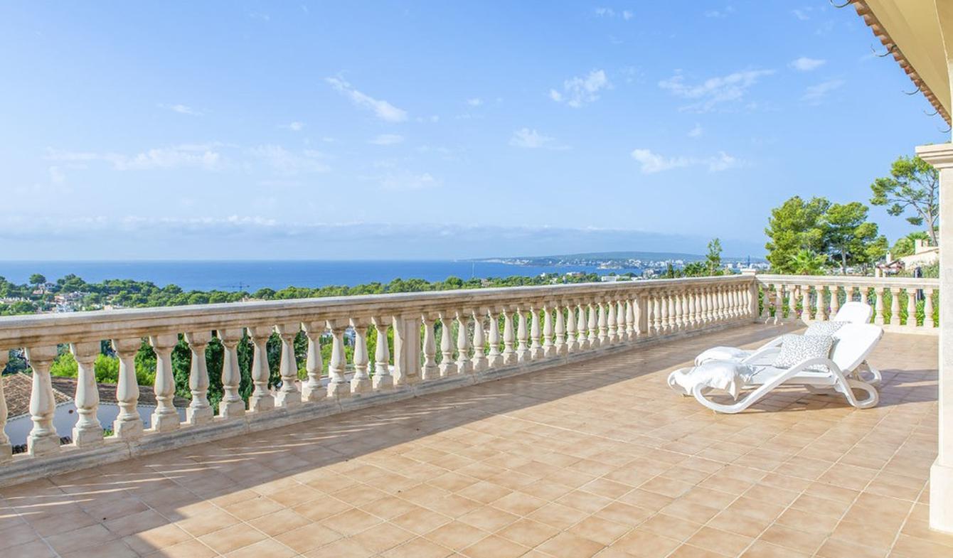 Villa avec piscine en bord de mer Majorque