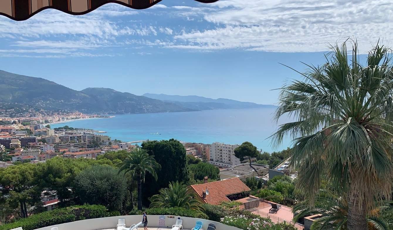 Appartement avec piscine Roquebrune-Cap-Martin