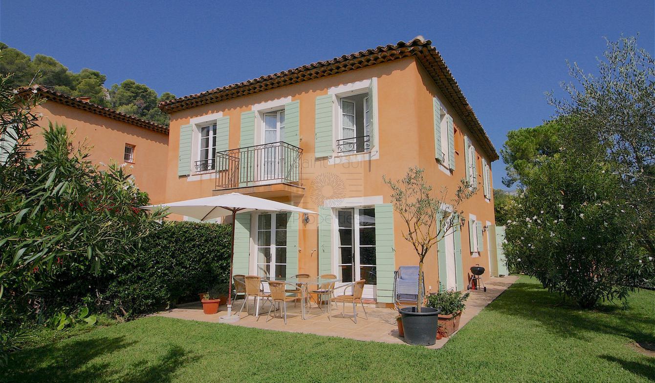 House with pool and terrace Saint Paul de Vence