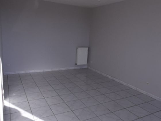 Location appartement 3 pièces 59,03 m2
