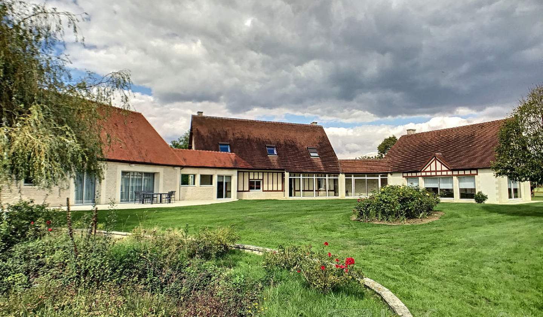 Maison avec terrasse Beaumesnil