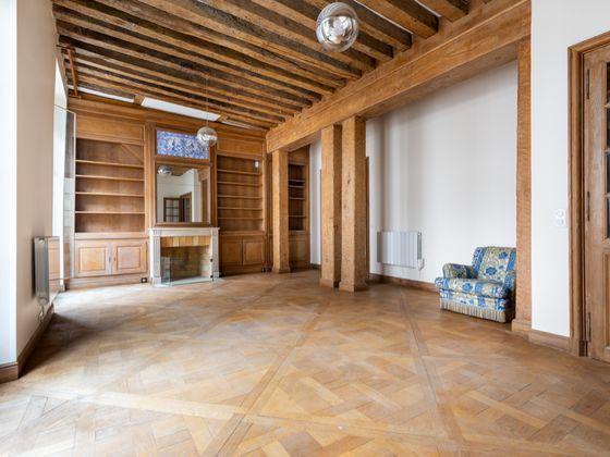 Location appartement meublé 4 pièces 118,76 m2