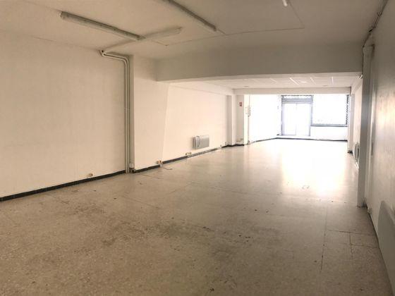 Vente divers 100 m2