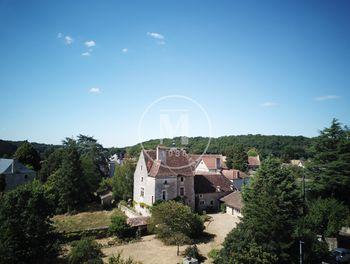 manoir à Saint-Savin (86)