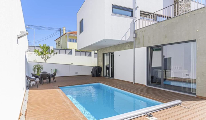 House with garden and terrace Cascais