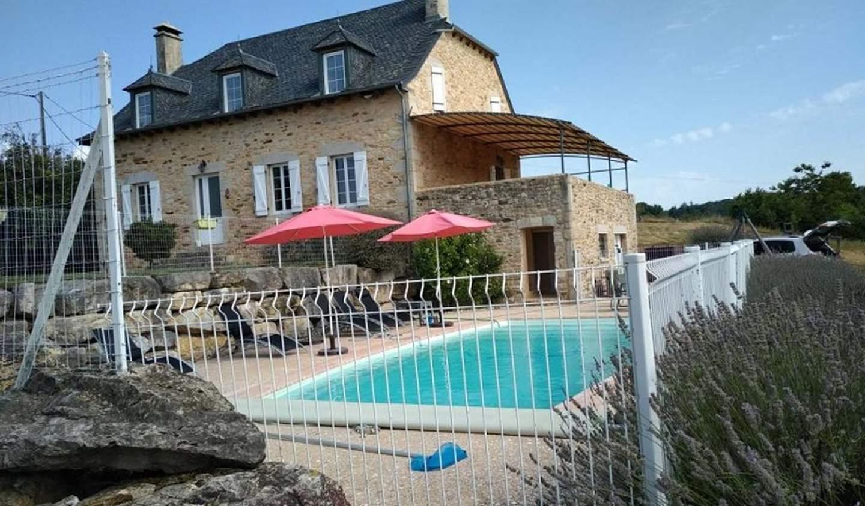 Maison avec piscine et terrasse Tulle